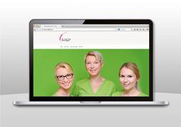 Hier ist die Website der Zahnarzt Praxis Dr. Aigner abgebildet.