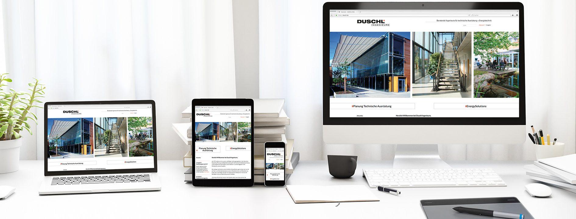 Hier ist die neue responsive Website von Duschl Ingenieure auf verschiedenen Endgeräten abgebildet.